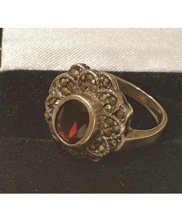 French sterling silver garnet  ring