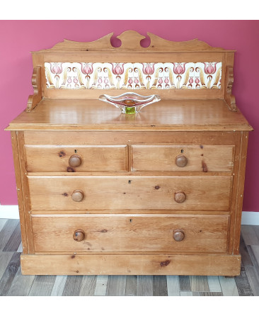 Gorgeous pine chest of drawers with tiled back panel